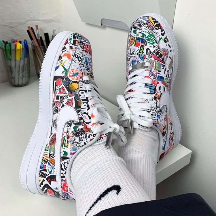 """The Sole Womens on Instagram: """"@miniswoosh's custom Air Force 1's from Nike. Rate these out of 10 🔥🔥🔥 #thesolewomens 📷@miniswoosh . . . . . #nikeairforce1…"""""""