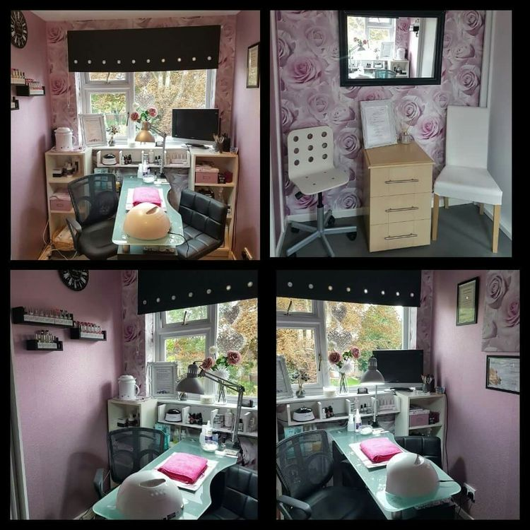 Small And Frugal Home Nail Salon Set Up Idea For Small Spa