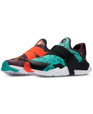the best attitude 9214d 95f46 Nike Boys  Huarache Extreme Casual Sneakers from Finish Line - Red 5
