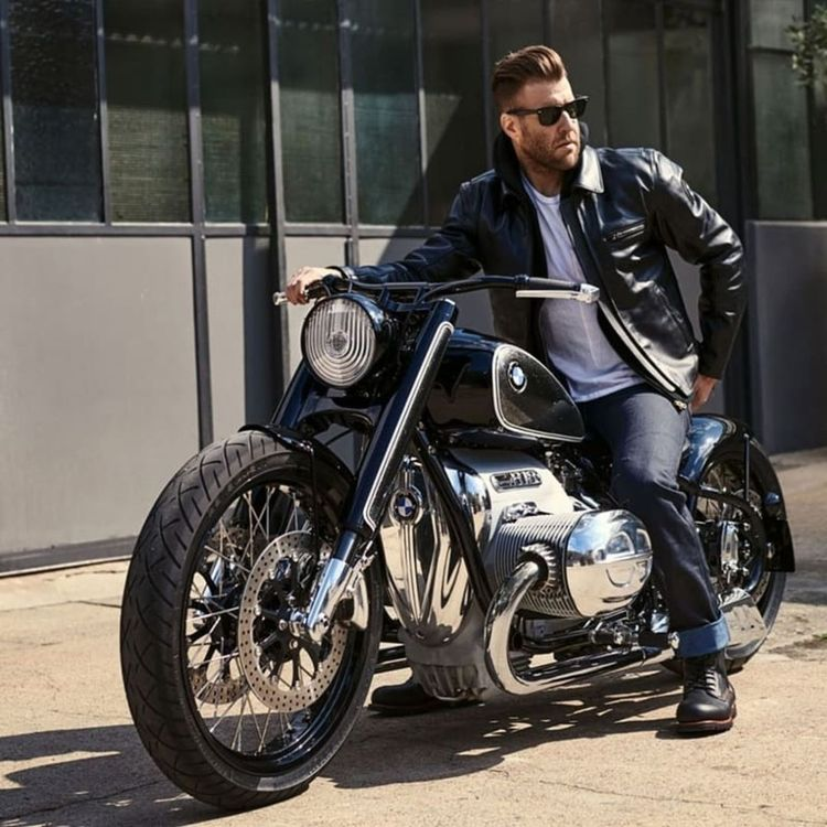 "Bobber & Scrambler custom bike on Instagram: ""@cwzon  #ride...- Bobber & Scrambler custom bike on Instagram: ""cwzon yodgd 🎩 #rider 🏍 #motorider 🚲 #bmw R18 💨 📸 𝕲𝖗𝖊𝖆𝖙 𝖕𝖍𝖔𝖙𝖔 𝖇𝖞 @egor_crimea_ 😎 🛵 𝖋𝖔𝖑𝖑𝖔𝖜 𝖚𝖘 ➡️ @bobber_custombike 𝖇𝖊𝖘𝖙 𝖒𝖔𝖙𝖔𝖗𝖈𝖞𝖈𝖑𝖊 ➡️…"" -#indianMotorcycleCustom #MotorcycleCustombikes #MotorcycleCustombobber #MotorcycleCustomideas #MotorcycleCustomvintage"
