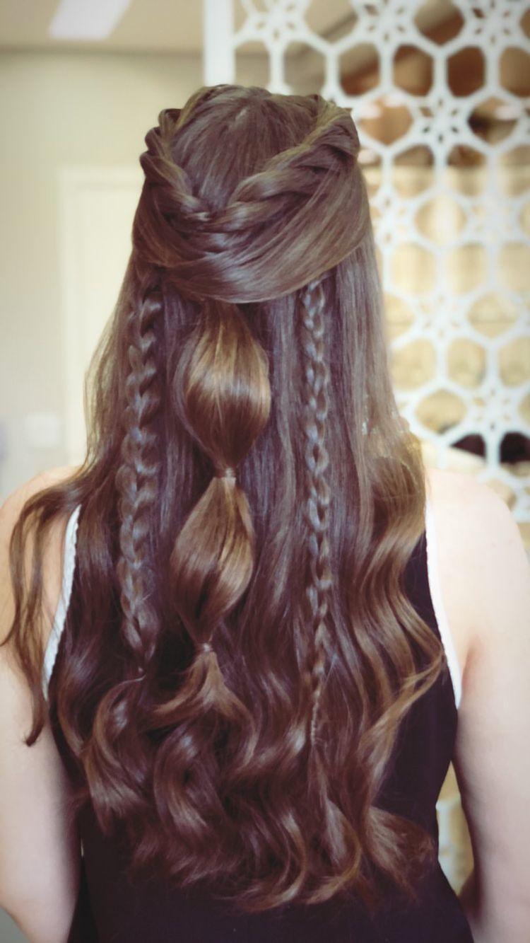 Peinados Que Evitarán Que El Calor Le Saque Barritos A Tu Rostro