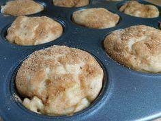 Apple cinnamon greek yogurt muffins