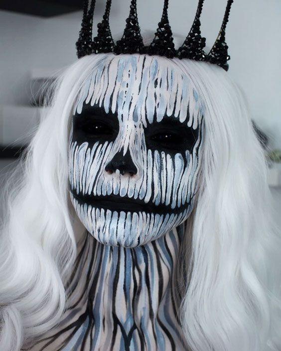 The Queen Of Evils #haloween #halloweenmakeup #makeup #halloweenmakeupideas #womentriangle #evilqueen