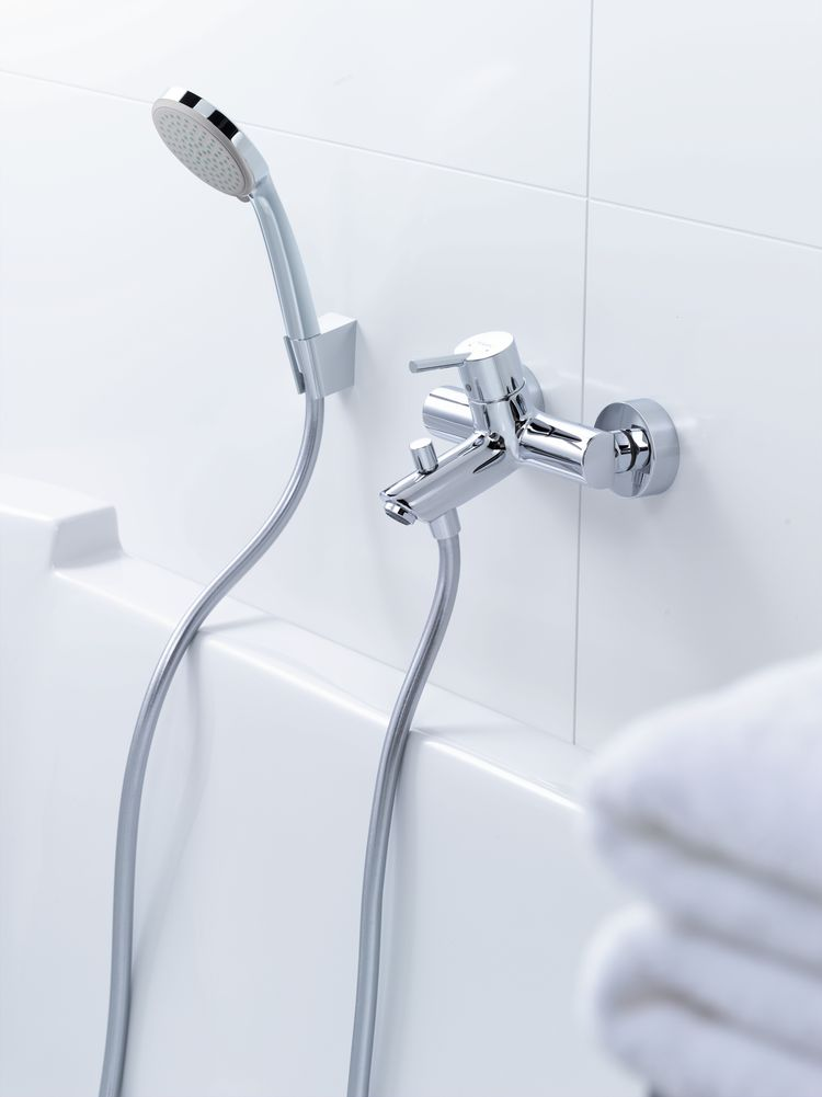 Hansgrohe Croma 100 Vario Hand Shower Set With Shower Hose
