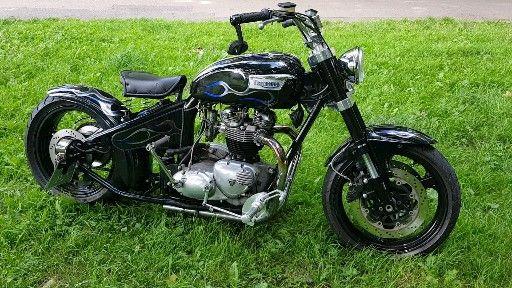 Triumph bobber 650