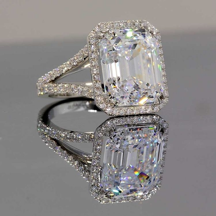 Wedding Rings Fake Engagement Cubic Zirconia Vs Pertaining To Diamond That Look Real