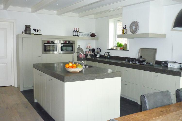 Handgemaakte Keukens Friesland : Maatwerk houten keuken hallum friesland huizenga keukens
