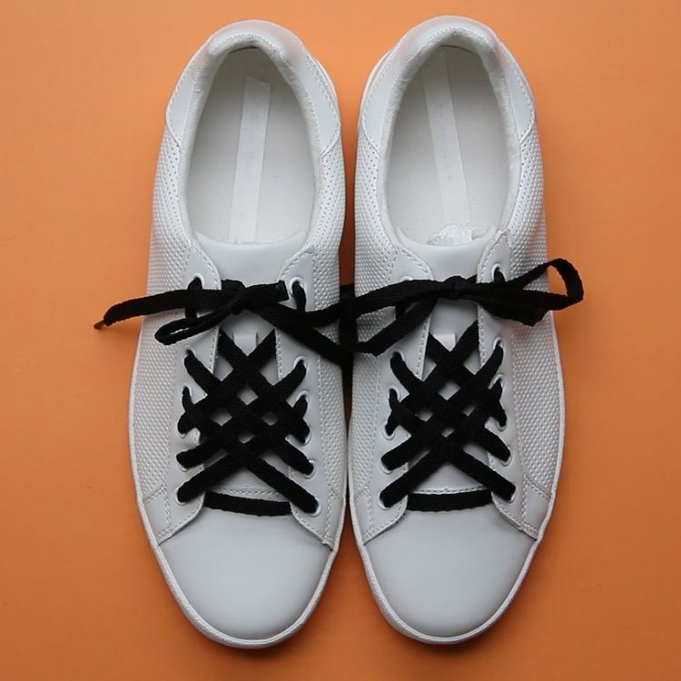 Up your lacing game with these 3 cool tricks! Walk the walk