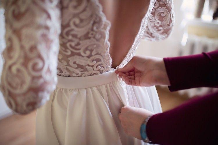 7bbdcff7d7 Suknie - Suknia ślubna z rękawami i odkrytymi plecami IVORY