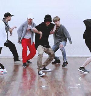 JUNGKOOK #BTS // [CHOREOGRAPHY] BTS (방탄소년단) 'IDOL' Dance P
