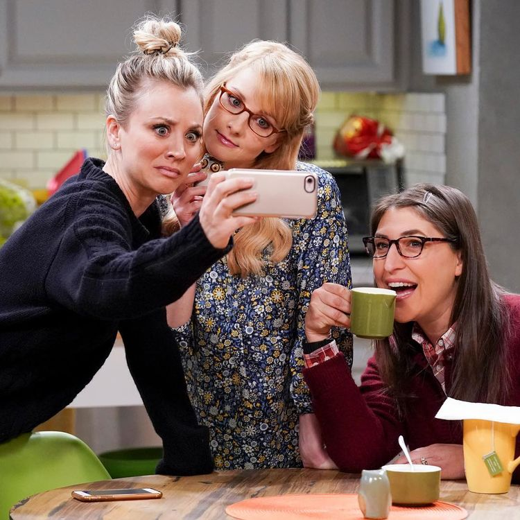 """The Big Bang Theory on Instagram: """"Appreciation post for these three ladies! 🤳 #BigBangTheory tonight 8/7c"""""""