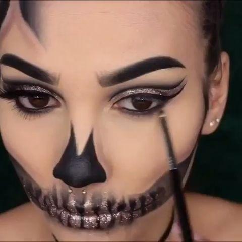 Halloween tutorial 👻  - Sfx makeup - #HALLOWEEN #Makeup #Sfx #Sfxmakeup #TUTORIAL