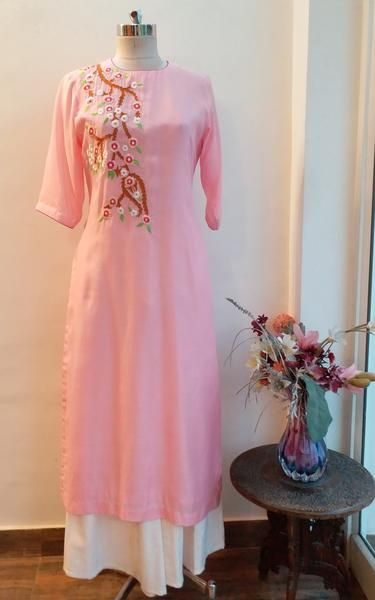 6da324dfe049f7 Light Pink Embroidered Kurta