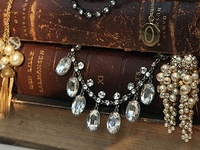 Displays, packaging, storage ideas etc for jewellery. Examples, ideas, inspiration and instructions.