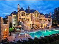 I love beautiful houses and estates!