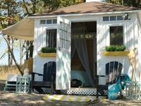 1000 images about cute tuff shed 39tiny houses39 on for Tuff shed dog house