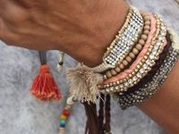 Be Wise Accessorize