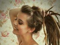 white girl dreads.