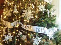 Christmas - Trees & Ornaments