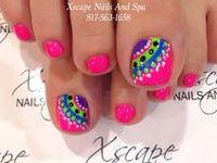 Pretty Nails and Cute Little Piggies