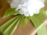 Fun & unique ways to wrap gifts & tie bows.