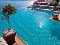 Swimming pools piscinas albercas piscines schwimmbad️⬜️⬛️