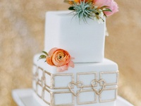 Yummy real wedding cakes & dessert photos. Wedding cake inspiration and ideas for your wedding including, wedding cakes, groom cakes, fondant cakes, buttercream cakes,wedding desserts, wedding dessert tables, wedding dessert bars, wedding pies, wedding sweets & treats. Photos of red wedding cakes, orange wedding cakes, yellow wedding cakes, green wedding cakes, blue wedding cakes, purple wedding cakes, pink wedding cakes, peach wedding cakes, white wedding cakes, chocolate wedding cakes & more.