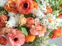 Pretty Flowers and Floral Arrangements :)