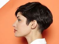 The loveliest of pixie and bob cuts.