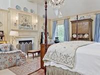 Cozy Elegant Bedrooms