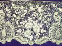 I love hand-made lace - and used to make it until the arthritis in my hands forced me to give it up.