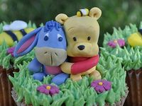 Disney's Winnie the Pooh and Friends Cakes