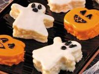 Holidays holiday food snacks decor decorations party themed food Christmas Halloween Easter thanksgiving Fourth of July 4th of July Memorial Day st. Patrick's day New Year's Eve birthday costume valentine's day Super Bowl potluck buffet gathering appetizer pumpkin dessert sweets chocolate cake cupcakes dip crafts candy gifts DIY recipes food easy bake baked cook