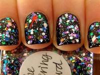 """I don't like plain nails. They make me sad.""-Zooey Deschanel"