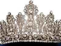 Coronas, Tiaras y Diademas