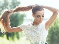 Perfect ways to style your ponytail