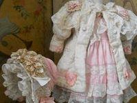 Antique Dolls: Clothes