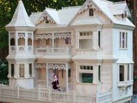 Inspiration photos for dollhouse making