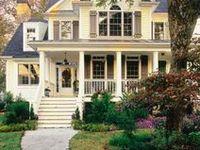 {Home} Backyard & Exteriors