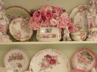 there's something wonderful about vintage treasures, i always wonder what the story is with each piece
