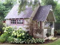 Cozy Cottages/Small Structures