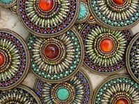beaded jewelry / jewelry with various textiles