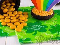 St. Patrick's Day, St. Paddy's Day, ideas, ideas for kids, four leaf clovers, shamrocks, leprechauns, pinch, green, Ireland, St. Patty decorations, rainbows
