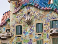 Anton Gaudi + Victor Horta  were the fathers of Art Nouveau
