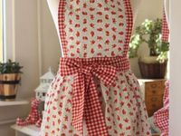 Love, love, love aprons....especially vintage!