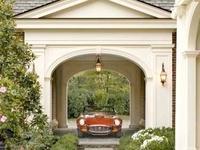 I love a nice Carriage House