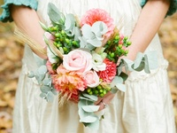 Inspiration and ideas for using the color aqua in your wedding color scheme. {www.weddingcolors.net}