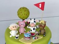 novelty cakes based cake on the theme of  farms,barns
