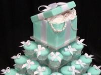 Cake/Cupcake <3