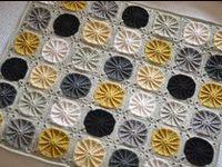 (C) Crochet & Knitted Afgans